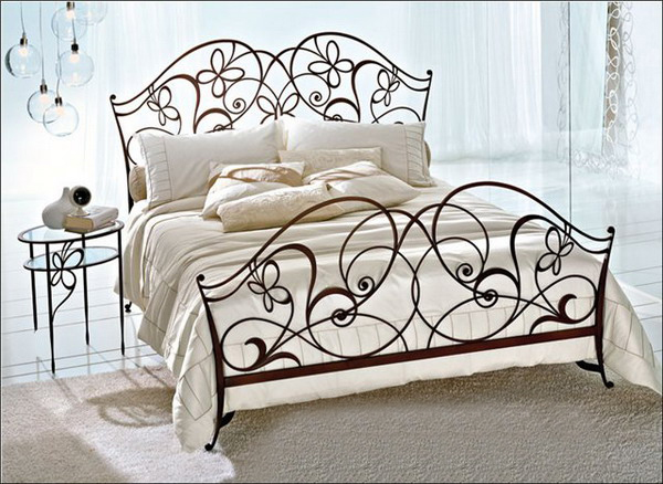 wrought-iron-beds-01